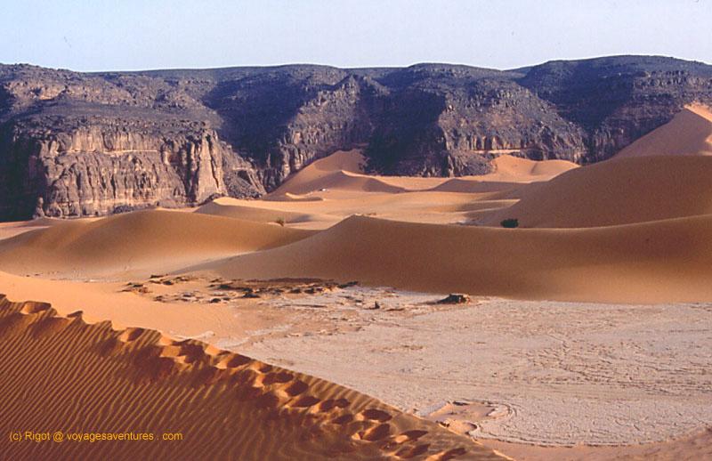 Voyages aventures g ographie du sahara les tassili for Europeanhome com